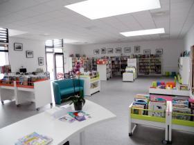 Bibliothèque : vue intérieure
